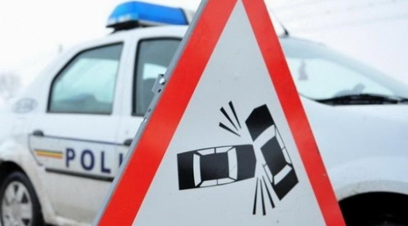 Lugoj Expres Impact violent între un Volkswagen și un Jaguar, pe centura Lugojului Volswagen șoseaua de centură răniți persoane rănite Jaguar centura Lugolului accident