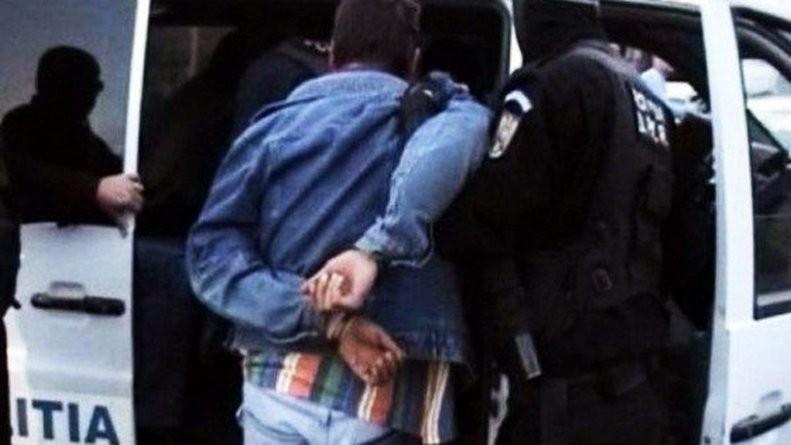 Lugoj Expres Condamnat la închisoare, depistat de polițiști Silagiu Polițiști pedeapsă mandat de executare Judecătoria Lugoj infracțiuni închisoare condamnat Buziaș