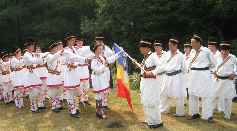 Lugoj Expres Zilele cetății Jdioara, la cea de-a XIII-a ediție zilele cetății spectacol serbare câmpenească Jdioara folclor Criciova