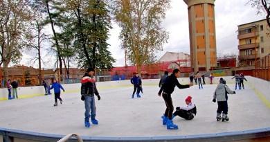 Lugoj Expres Lugojenii, invitați la... patinoar! program patinoar patine patinaj Parcul George Enescu Lugoj