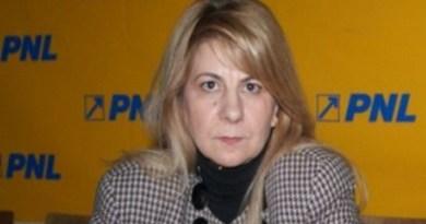 Lugoj Expres Nemulțumiri! Adriana Corbeanu se retrage de pe lista PNL pentru Camera Deputaților retragere PNL Timiș PNL Lugoj PNL nemulțumiri Lugoj loc eligibil listă liberalii lugojeni candidatură candidați alegeri parlamentare Adriana Corbeanu