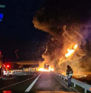 Lugoj Expres incendiu autocamion 5