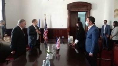 """Lugoj Expres Americanii sunt pregătiți să ajute Lugojul... """"să se dezvolte și să meargă înainte"""" vizită Statele Unite ale Americii primăria lugoj Lugoj întrevedere Claudiu Buciu americanii ambasadorul SUA Adrian Zuckerman"""