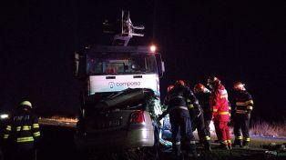 Lugoj Expres Tragedie pe DN 6, la ieșirea din Lugoj. Două persoane și-au pierdut viața victime ucidere din culpă tragedie pe DN6 tragedie și-au pierdut viața persoane încarcerate infracțiune Impact violent impact frontal DN6 accident DN6 accident