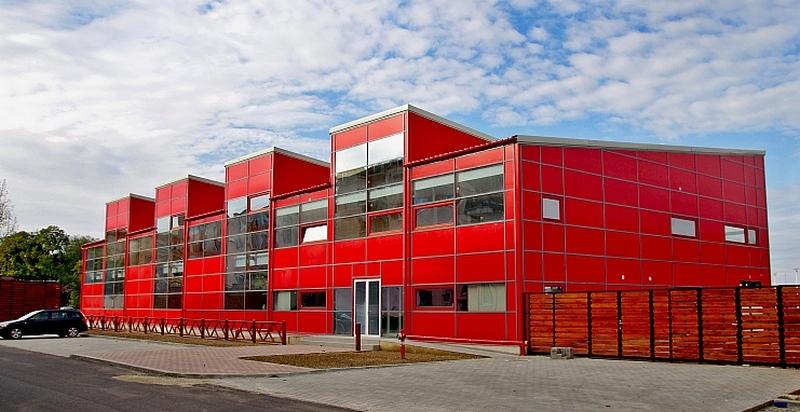 """Lugoj Expres """"Spa-ul lui Boldea"""", situație incertă! Autoritățile lugojene vor să construiască... un nou bazin acoperit investiție Centrul Spa Lugoj bugetul local bazin înot bazin acoperit Lugoj bazin acoperit"""