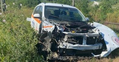 Lugoj Expres Ambulanță lovită de un tren de călători, între Lugoj și Caransebeș tren de călători transport dializă Timișoara pasageri Lugoj îngrijiri medicale Căvăran Caransebeș calea ferată ambulanță lovită de tren Ambulanță accident feroviar