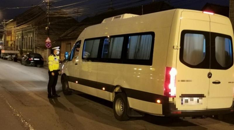 Lugoj Expres Mijloacele de transport persoane, verificate de polițiștii lugojeni transport persoane siguranța rutieră sancțiuni contravenționale polițiștii lugojeni mijloace de transport Lugoj Biroul Rutier Lugoj