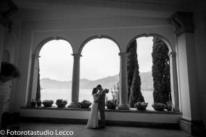 weddingphotographer-lakecomo-boat-tour-villas-photographer-italy (25)