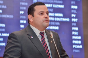 Deputado Vinicius Louro