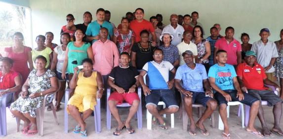 Foto/legenda: Zé Inácio (PT) reúne com membros de varias comunidades de Bequimão.