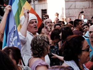 Shangay Lily en Madrid, durante una manifestación por los derechos de las mujeres. Manifestación contra la violencia machista frente al Ministerio de Justicia en Madrid. By Luis F. Roncero