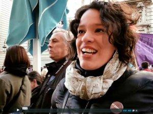 Captura de pantalla de Vimeo. Vídeo entrevistas realizadas durante La Marcha del Cambio convocada por Podemos. By Luis F. Roncero