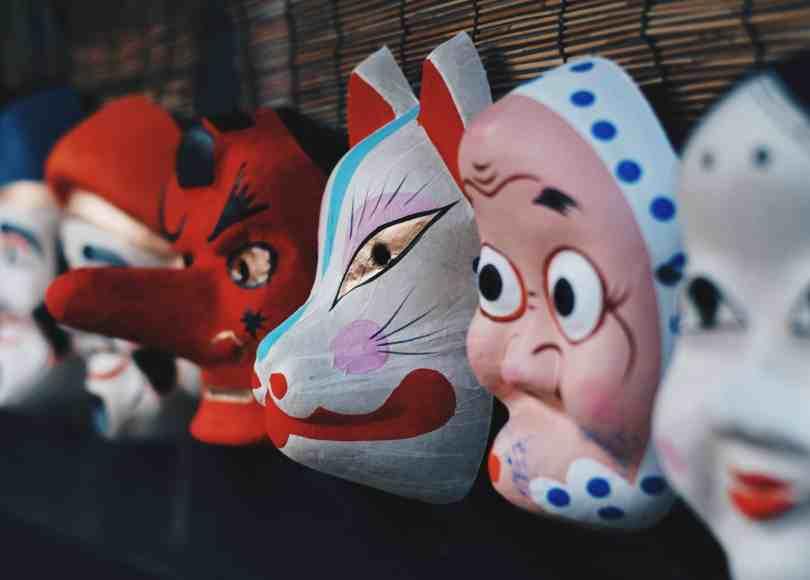 Sobre nuestras máscaras diarias 1