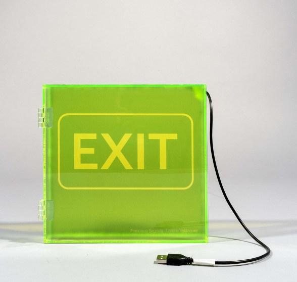 exit_L1190227