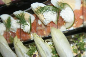 Fingerfood, Geschirrloser Genuss - Flying Buffet