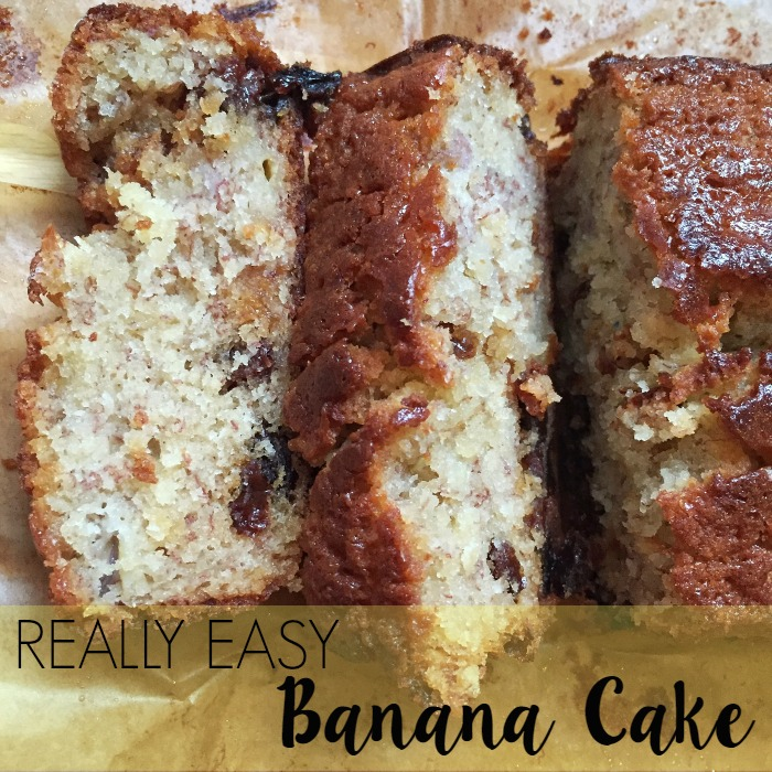 Really Easy Banana Cake Recipe by lukeosaurusandme.co.uk @gloryiscalling #bananacake #foodporn #cakerecipe