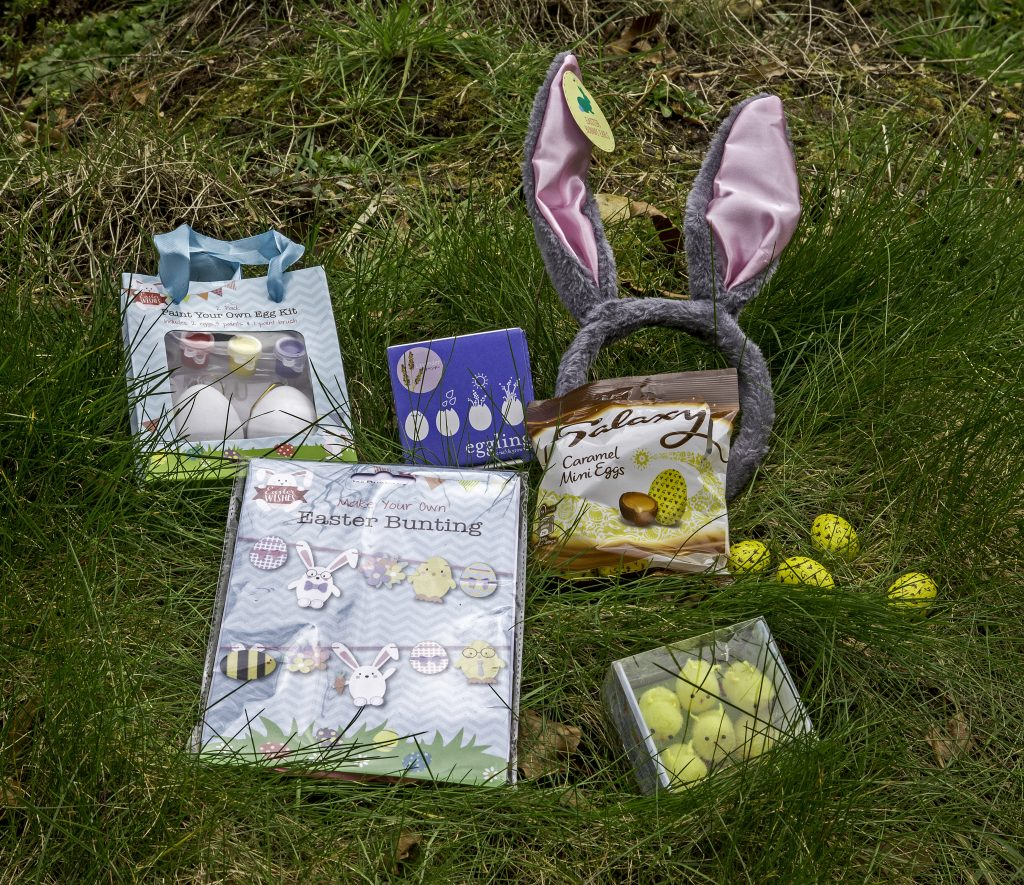 Put together an epic Easter crafts anf activity box to keep the children entertained during the Easter holidays. For more ideas on what to do over the Easter holidays, visit the blog at https://lukeosaurusandme.co.uk