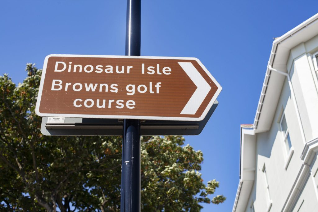 Dinosaur Isle sign post on the Isle Of Wight https://lukeosaurusandme.co.uk