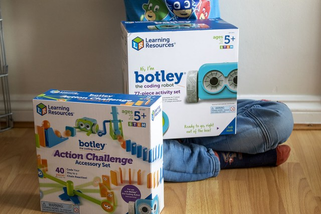Botley The Coding Robot and Botley Action Challenge Accessory Set at https://lukeosaurusandme.co.uk