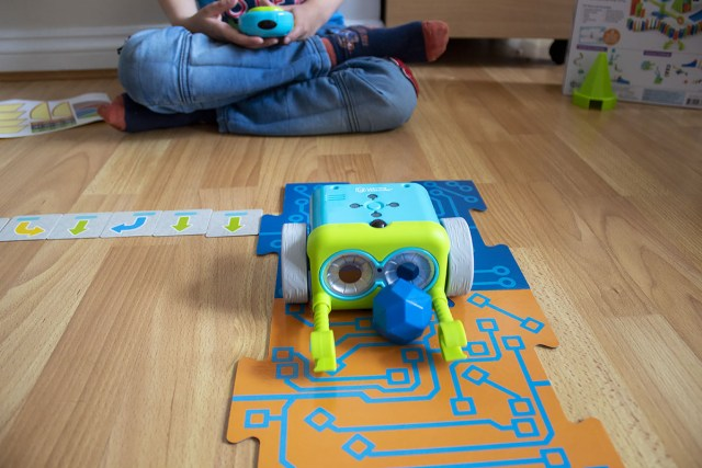 Boy playing with Botley The Coding Robot at https://lukeosaurusandme.co.uk