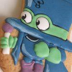ciasteczka urodzinowe, ciastka z bohaterem bajki, upominki dla gości urodzinowych, lukrowane ciasteczka Basia sweets,