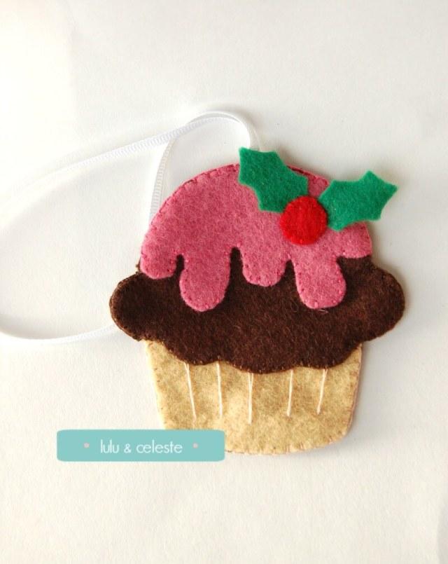 Felt cupcake ornament front