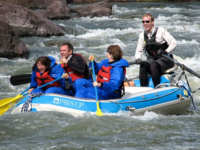 The-Resort-at-Paws-Up-Montana-White-Water-Rafting
