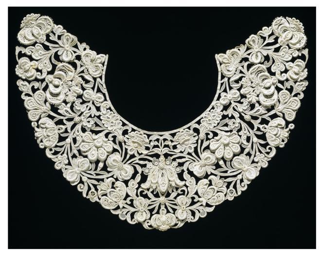 Venetian Gros-Point Lace Collar