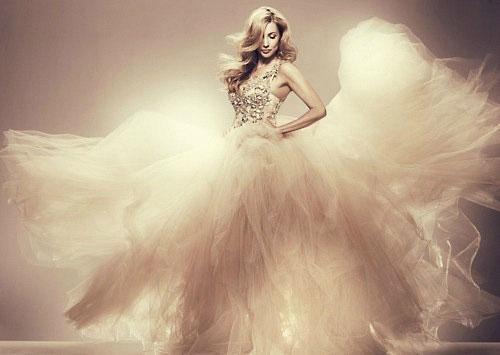 свадебное платье с прозрачным корсетом фото