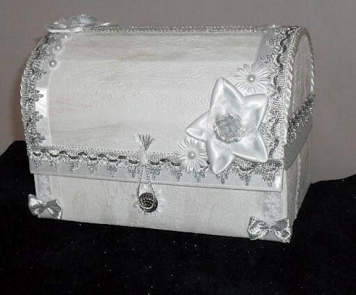 классический свадебый сундучок, изготовленный самостоятельно