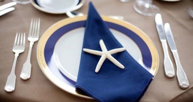 декор свадебного стола в синем цвете