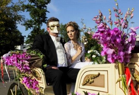 свадебное авто для молодожонев