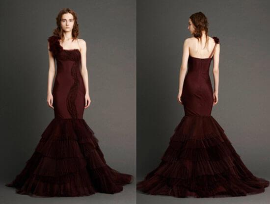 Темное бордовое платье фасон русалка
