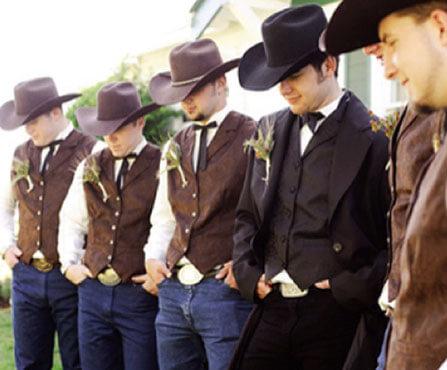 Костюмы для друзей жениха в ковбойском стиле