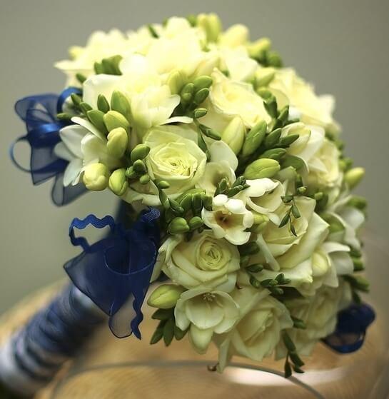 Букет для невесты из зеленых роз