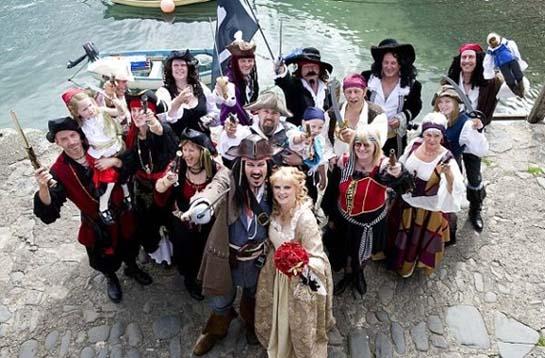 Одежда гостей для свадьбы в пиратском стиле