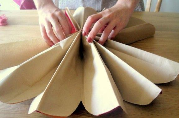 Как красиво складывать шары из бумаги