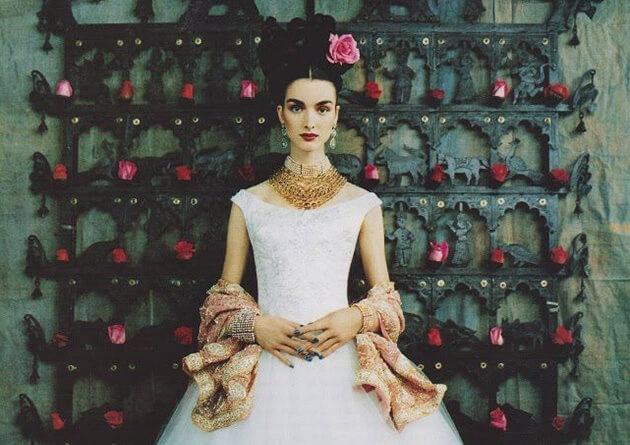 Красивая невеста в испанском стиле