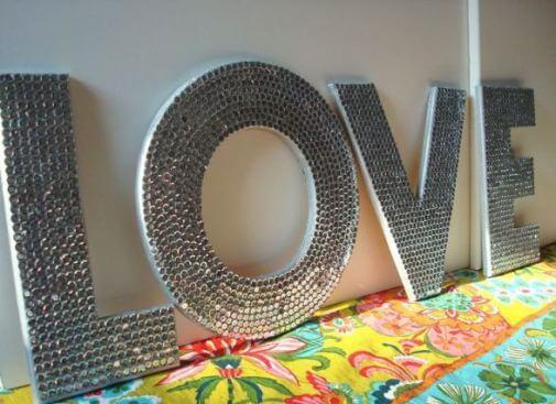 буквы с декором из пенопласта
