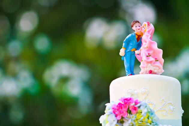 Красивые фигурки на свадебный торт: жених и невеста
