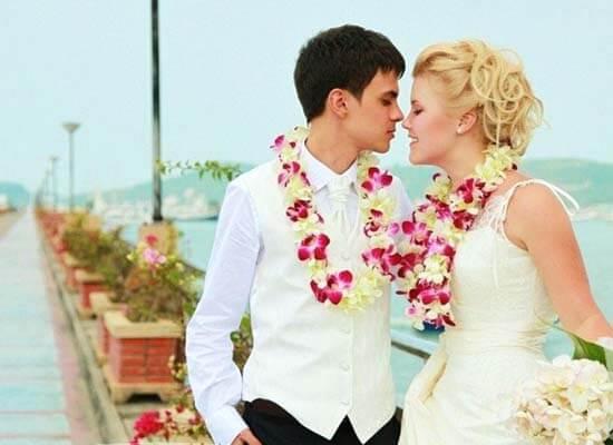 молодожены на свадьбе на кипре