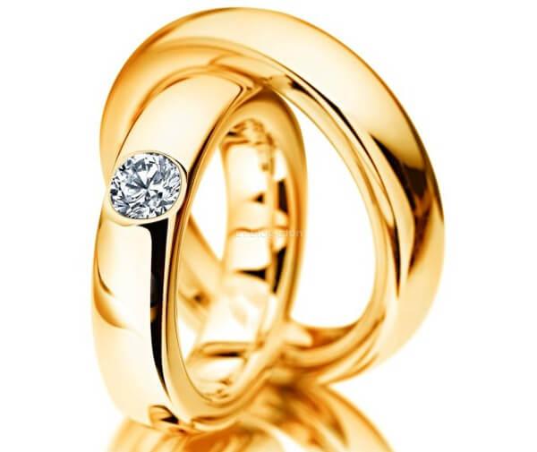 свадебные кольца с бриллиантом