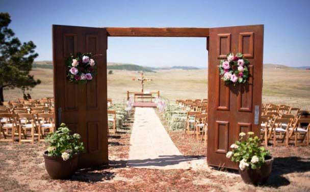 ворота на свадьбе в стиле вестерн