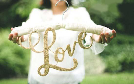 свадебная вешалка love