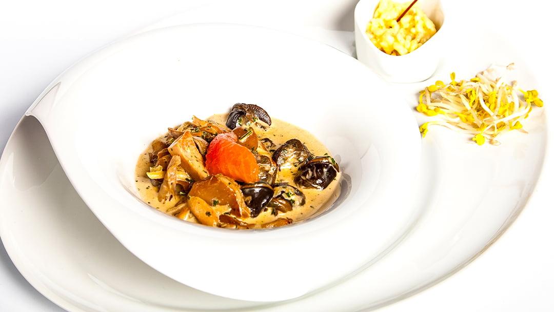 Zuppa di lumache con funghi porcini