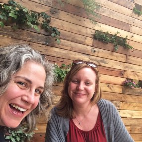 I feel so blessed that I got to spend a wonderful week with such a dear friend! Muchas gracias, Gayle (and let's start planning our NEXT Ladies' Week Away!). :)