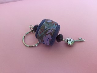 Round small lanter purple1