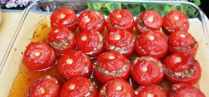 Tomates farcies au canard et poulet