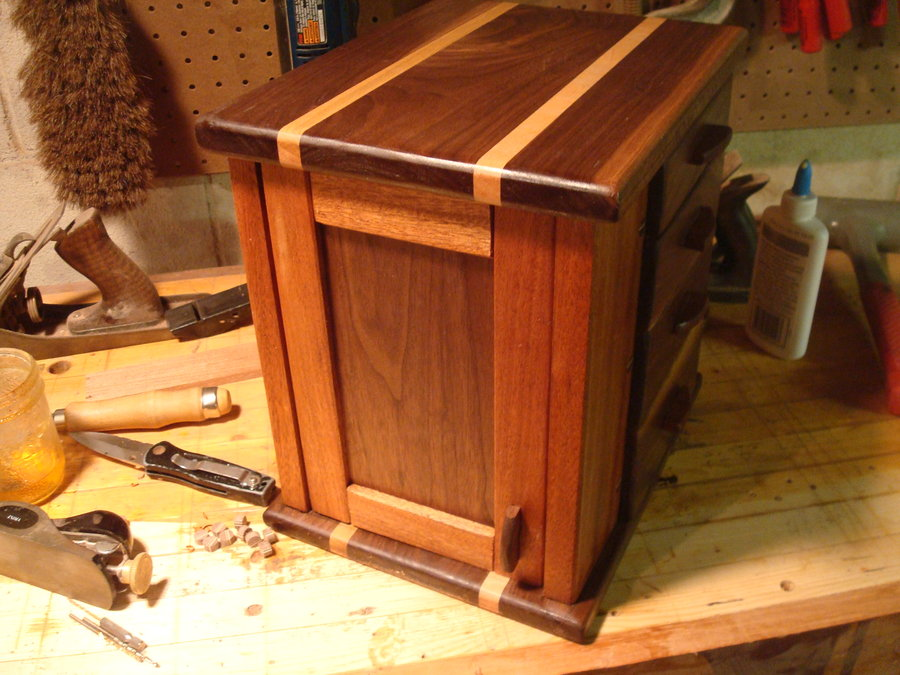 Free Standing Jewelry Box By Fineamerican LumberJocks