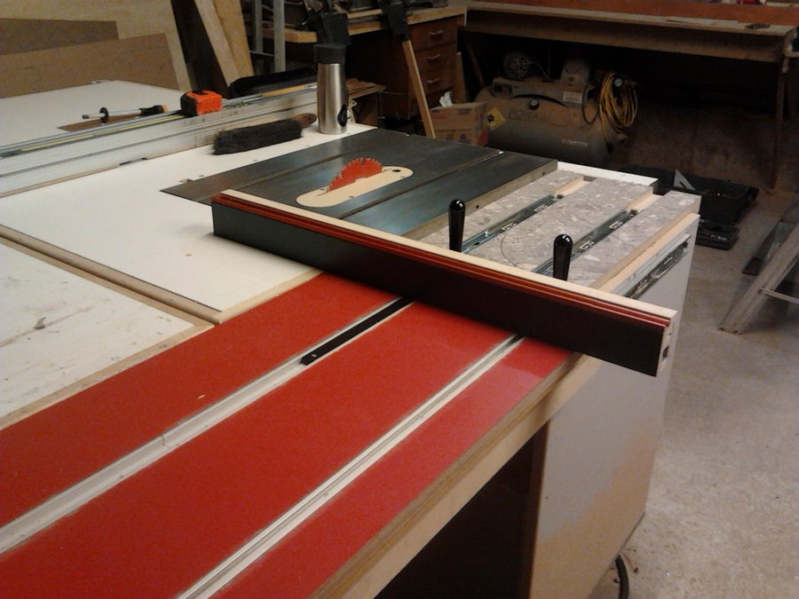 Bar Saws Table Roller
